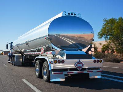 Armazenagem e Transporte de Produtos Perigosos.