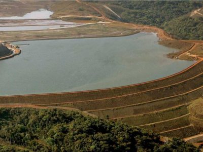 Sancionada lei que torna regras para barragens mais rígidas em MG.